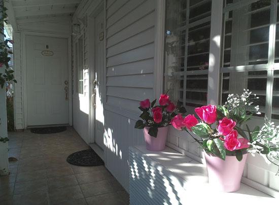 el_rancho_motel_Coronado_exterior_med_006